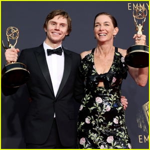 Mare of Easttown's Evan Peters & Julianne Nicholson Win Acting Awards at Emmys 2021!