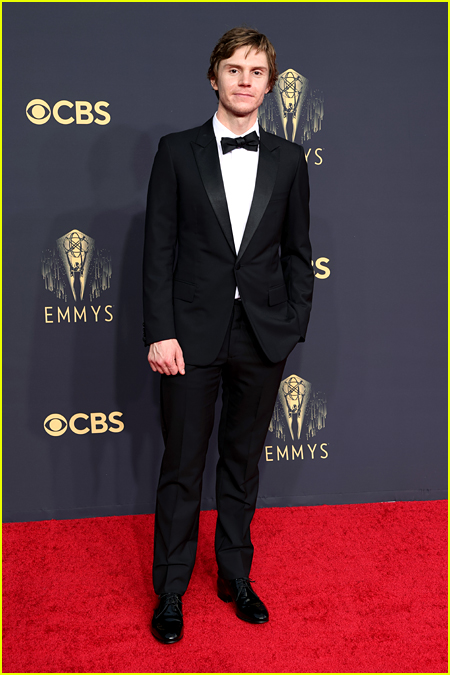 Evan Peters at the Emmy Awards 2021