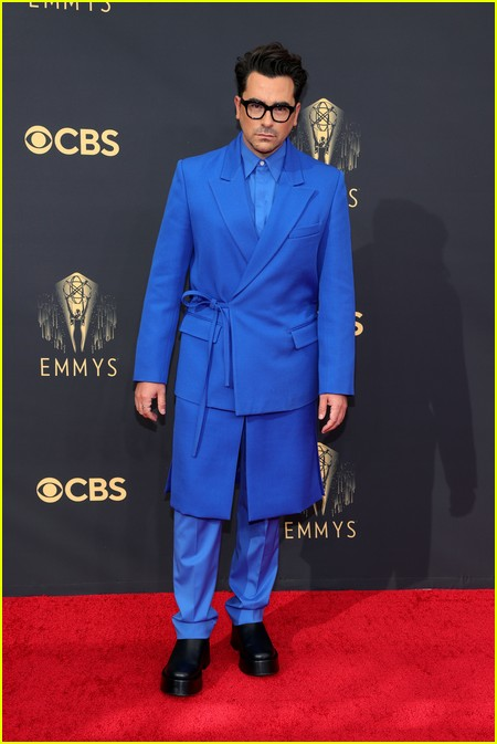 Dan Levy at the Emmy Awards 2021