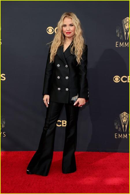 Leslie Grossman  at the Emmy Awards 2021