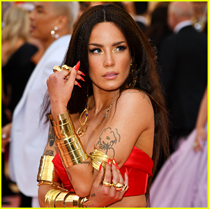 Halsey Explains Why She Skipped Met Gala 2021, Despite Being in New York