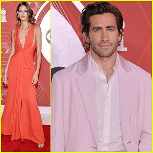 Jake Gyllenhaal Brings Girlfriend Jeanne Cadieu To Tony Awards 2020