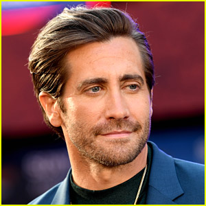 Jake Gyllenhaal Runs Into Man Dressed As One of His Movie Characters in Venice