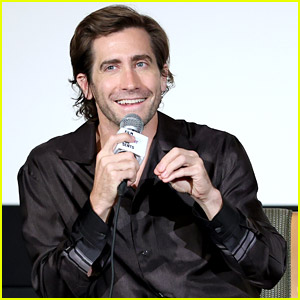 Jake Gyllenhaal Relied a Lot On Zoom To Make 'The Guilty'