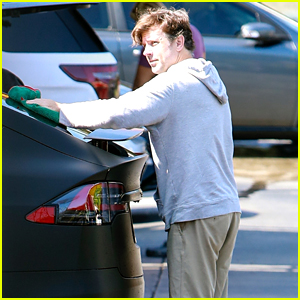 Jason Sudeikis Spotted Washing His Car Ahead of the Emmys