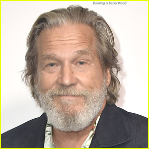 Jeff Bridges Says Battling COVID-19 Made His Cancer Fight 'Look Like a Piece of Cake'
