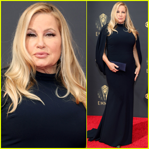 Jennifer Coolidge Goes Glam in Caped Dress for Emmys 2021