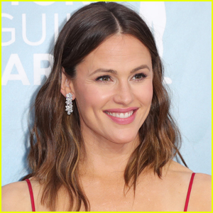 Jennifer Garner Reveals Two of Her Kids Are Vaccinated as They Return to School