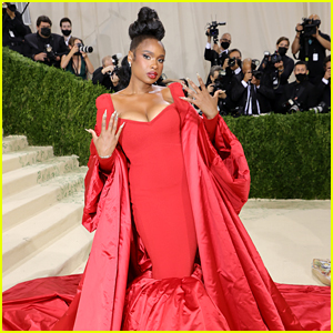Jennifer Hudson Wows in Red at Met Gala 2021 After Her 40th Birthday