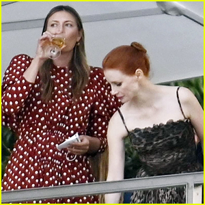 Jessica Chastain Spotted on Double Date with Tennis Star Maria Sharapova in Venice!