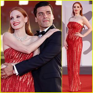 Jessica Chastain & Oscar Isaac Share a Sweet Red Carpet Moment at 'Scenes From a Marriage' Venice Premiere