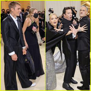 Jimmy Fallon Photobombs Taika Waititi & Rita Ora, Chats with Justin Bieber During the Met Gala 2021