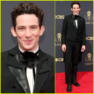 Josh O'Connor Looks Suave in Loewe Tux at Emmy Awards 2021