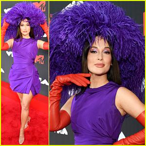Kacey Musgraves Wears a Purple Headpiece & Matching Dress on MTV VMAs 2021 Red Carpet!