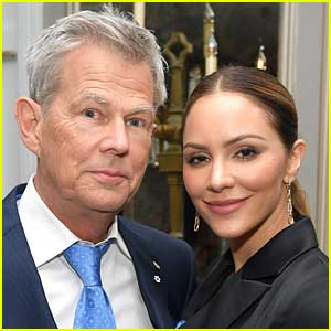 Katharine McPhee Texts David Foster a Video of Her in Her Underwear & Shares a Screen Grab of How He Responded!
