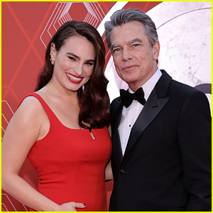 Nominee Kathryn Gallagher Stuns on Tony Awards Red Carpet with Dad Peter Gallagher!