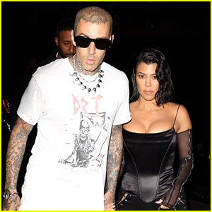 Kourtney Kardashian & Travis Barker Couple Up For Date Night in NYC