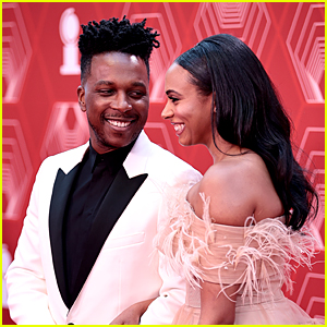 Host Leslie Odom Jr. Walks Red Carpet with Wife Nicolette Robinson at Tony Awards 2020!