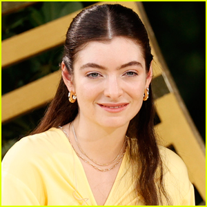 Lorde Drops Out of MTV VMAs 2021 Performance
