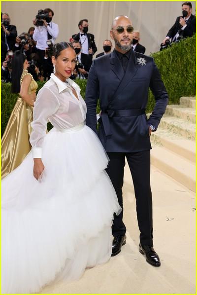 Alicia Keys and Swizz Beatz on the Met Gala 2021 Red Carpet
