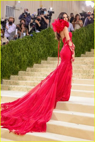 Emily Ratajkowski on the Met Gala 2021 Red Carpet