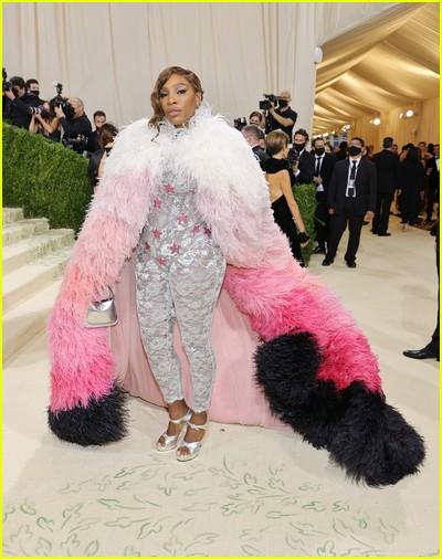 Serena Williams on the Met Gala 2021 Red Carpet