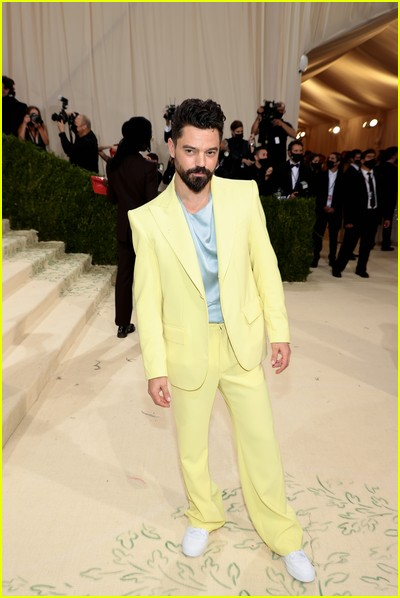 Dominic Cooper on the Met Gala 2021 Red Carpet