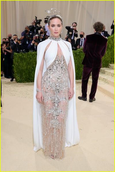 Emily Blunt on the Met Gala 2021 Red Carpet