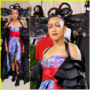 Naomi Osaka Adds Red Flowers & Crystals To Her Hair For Met Gala 2021