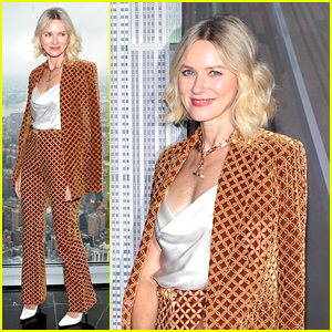 Naomi Watts Helps Light the Empire State Building (Photos)