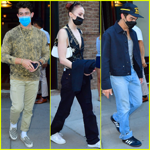 Nick Jonas Heads Out in NYC with Joe Jonas & Sophie Turner