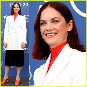 Ruth Wilson Steps Out for Venice Photo Call for 'True Things'