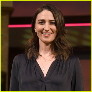'Waitress' Returns to Broadway - Watch Video of Sara Bareilles' First Moment on Stage!