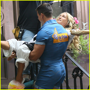 Sarah Jessica Parker Gets Carried Away by Hunky Man on 'And Just Like That' Set