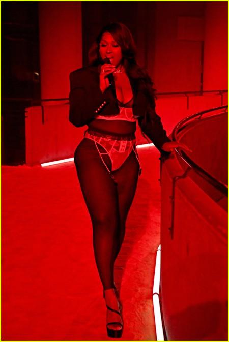 Jazmine Sullivan at the Savage X Fenty Show Vol. 3