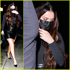Selena Gomez Steps Out For Dinner With Friends After Getting Unplanned Piercing