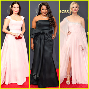 Sophia Bush, Mindy Kaling & Beth Behrs Looked Beautiful On The Emmy Awards 2021 Red Carpet