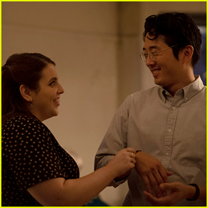 Beanie Feldstein & Steven Yeun Star in 'The Humans,' Based on the Broadway Play - Watch the Trailer!