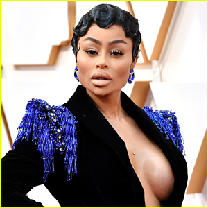 Blac Chyna Goes Off at Airport, Yells at Onlookers to Get Vaccinated