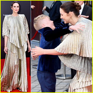 Caitriona Balfe Shares Sweet Moment with Young 'Belfast' Co-Star Jude Hill!