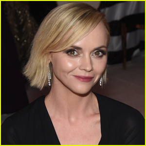 Christina Ricci Marries Hairdresser Mark Hampton Two Months After Announcing Pregnancy