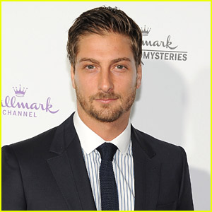 'When Calls The Heart' Fan Favorite Daniel Lissing To Return as Jack For 'When Hope Calls' Special