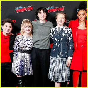 Carrie Coon Joins Her Young 'Ghostbusters' Co-Stars for Surprise Screening at New York Comic Con!