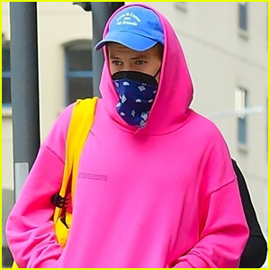 Harry Styles Sports Bright Pink Hoodie While Meeting Up with Friends in NYC
