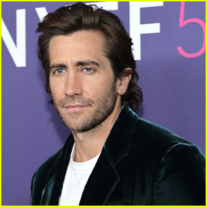 Jake Gyllenhaal In Negotiations To Star in Guy Ritchie's Upcoming Film