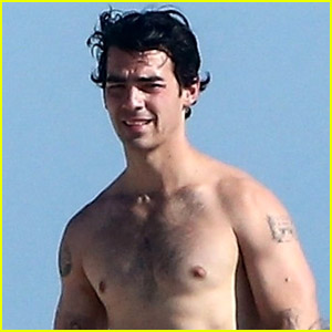 Joe Jonas Spotted Going Shirtless During Beach Day in Miami