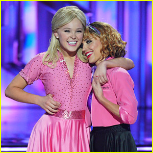 JoJo Siwa Receives First Perfect Score of the Season on 'DWTS' Grease Night - Watch Now!