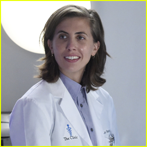 'Grey's Anatomy Casts E.R. Fightmaster as First Non-Binary Doctor