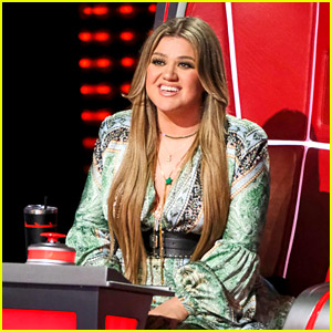 Kelly Clarkson Threw Major Shade at 'From Justin to Kelly' on the Latest Episode of 'The Voice'