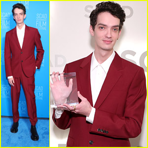 'Power of The Dog' Star Kodi Smit-McPhee Is Honored with Discovery Award at Savannah Film Festival